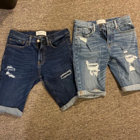 Distressed boys shorts